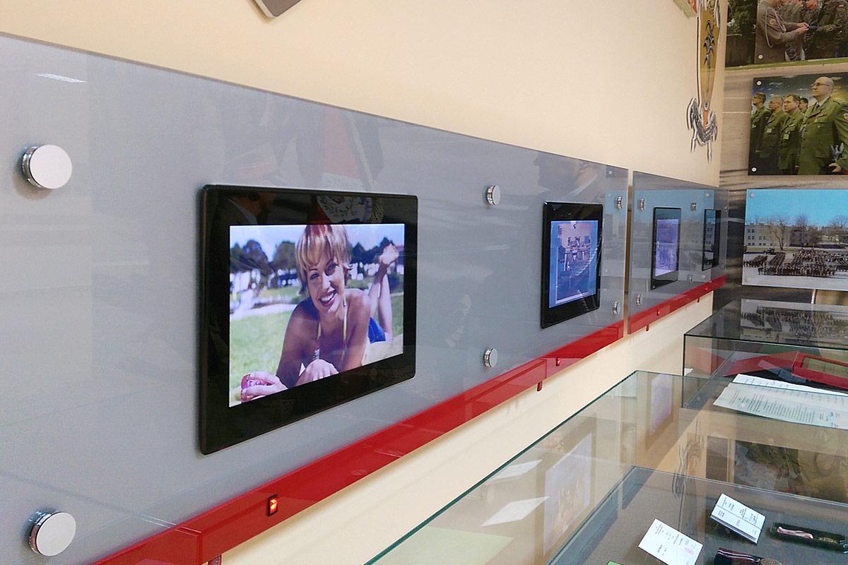 Panel z plexi